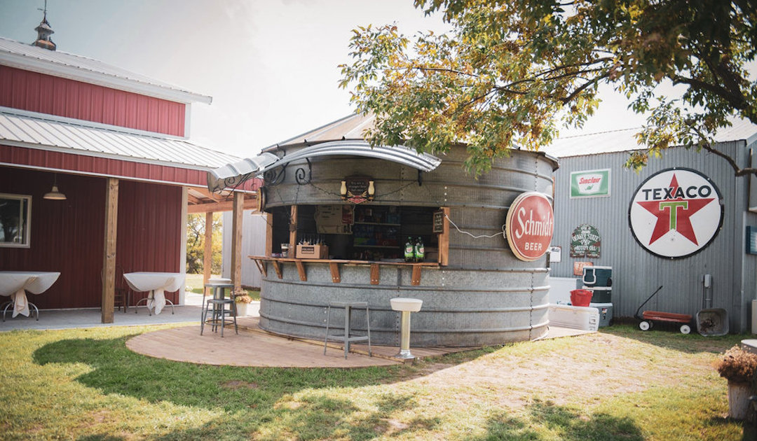 Adler_Ranch_outdoor_bar.jpg