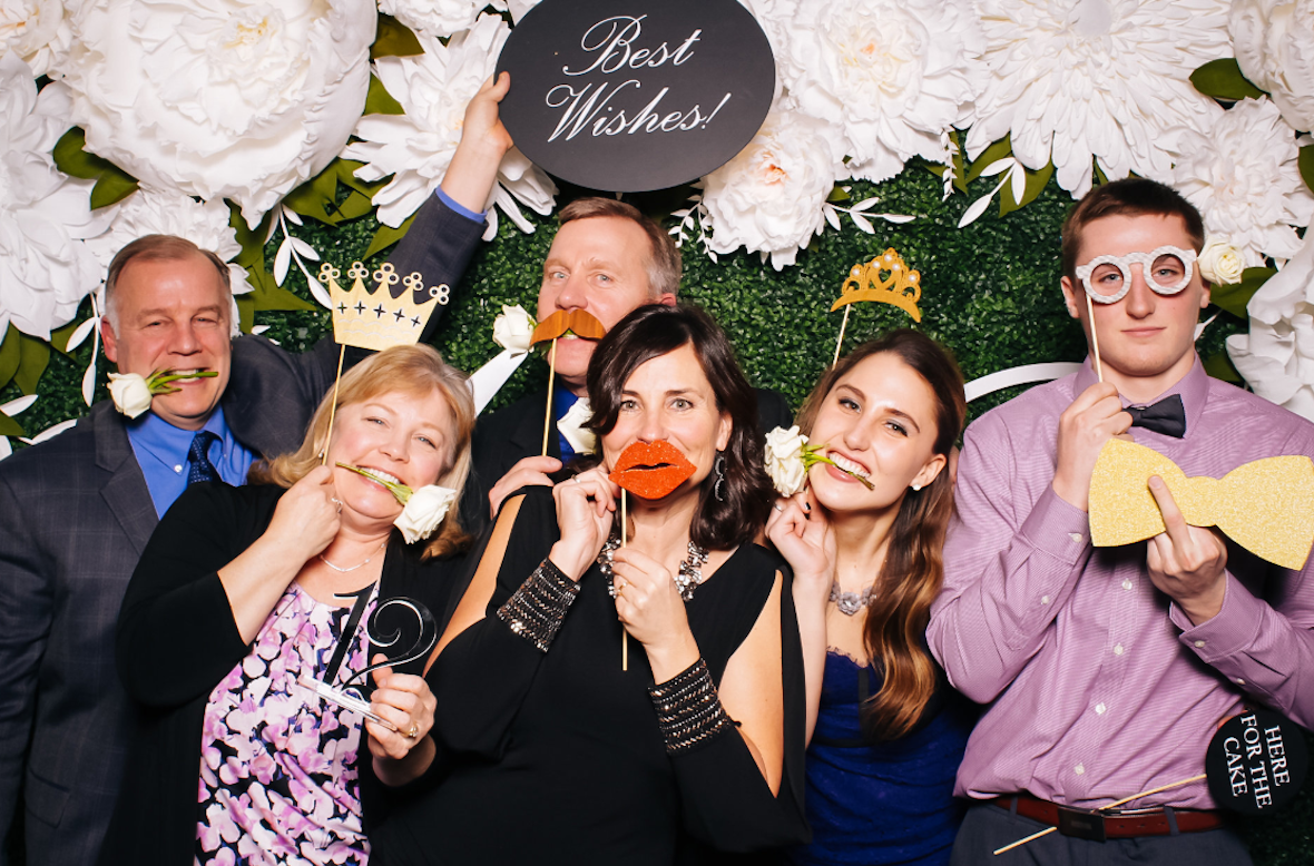 Flow_Event_Group_Photo_boothPhoto.PNG