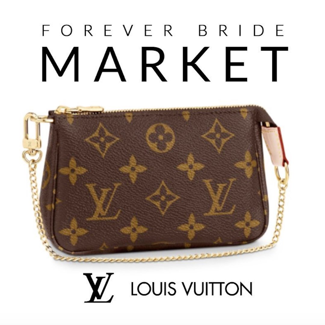 LV_Pouch_Giveaway.jpg