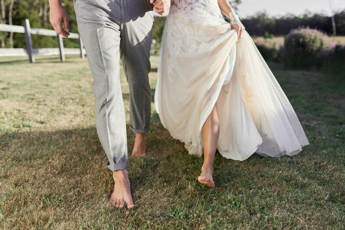 barefeet_boho_wedding.jpg