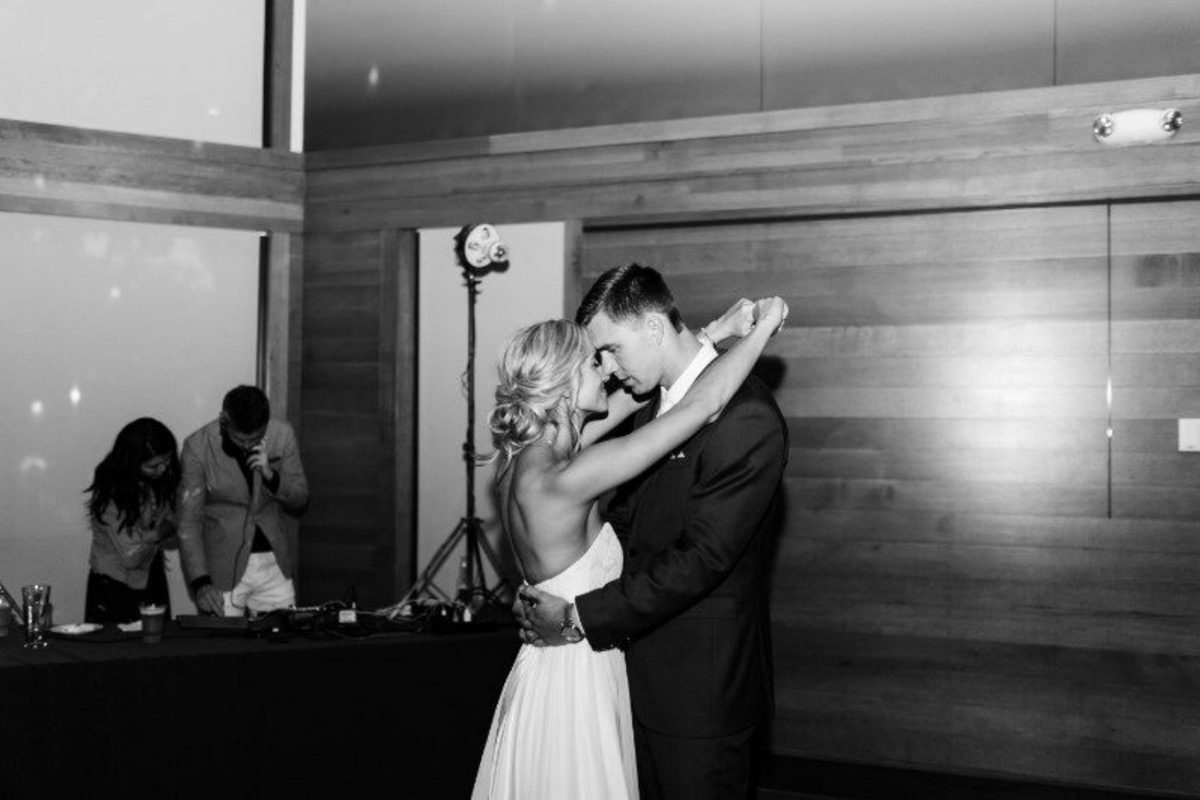 black_and_white_first_dance.jpg