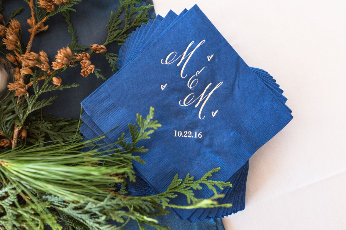 blue_napkins_gold_calligraphy_couple_initials.jpg
