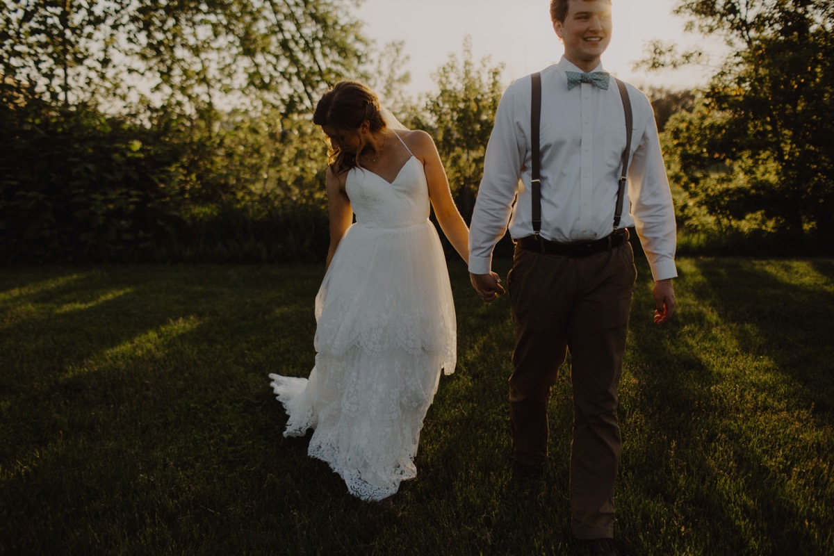 bride_groom_golden_hour_portraits.jpg