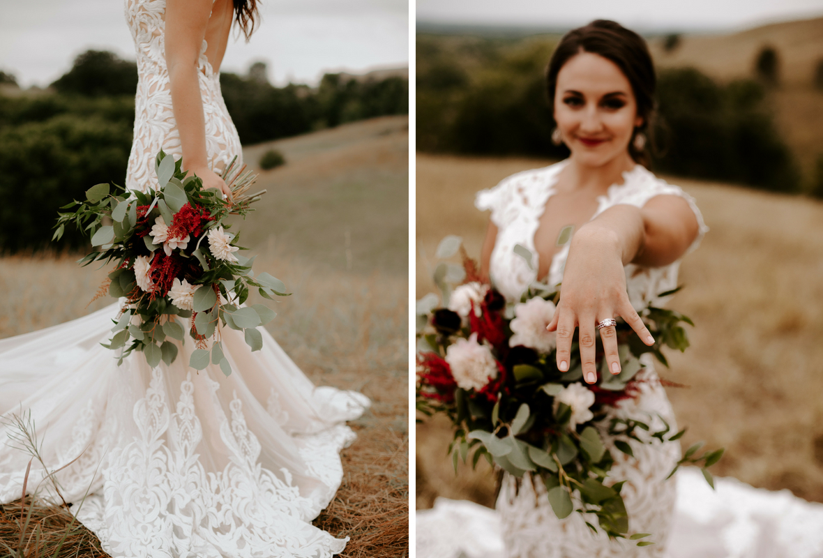bride_with_bouquet_and_ring.jpg