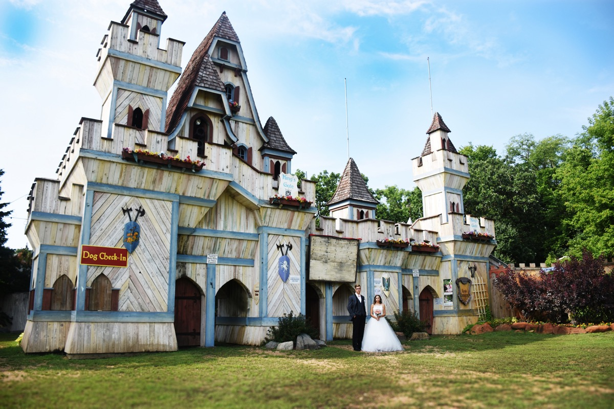 castle_wedding_anime_minnesota_renaissance_fair.jpg