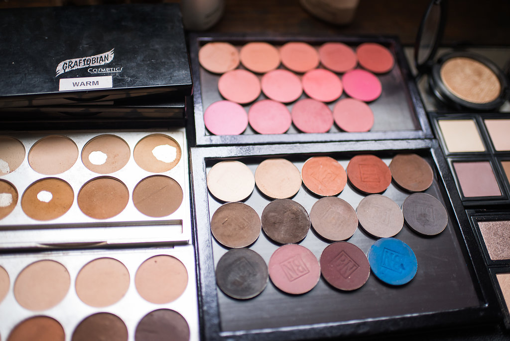 close_up_details_of_makeup_palettes.JPG