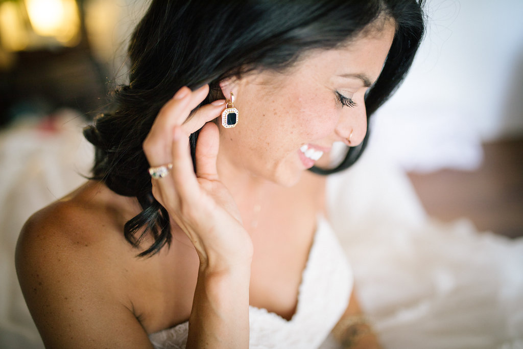 closeup_black_bridal_earrings_-_california-_simply_gypsy_events_-_cecily_breeding_13.jpg