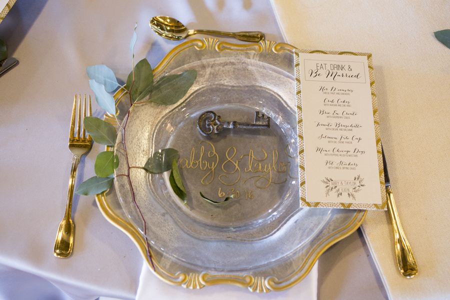 customized_clear_wedding_plates_gold_calligraphy_names.JPG