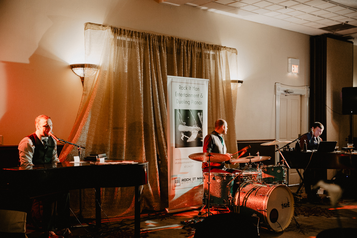 dual_piano_and_drummer_live_wedding_band.jpg