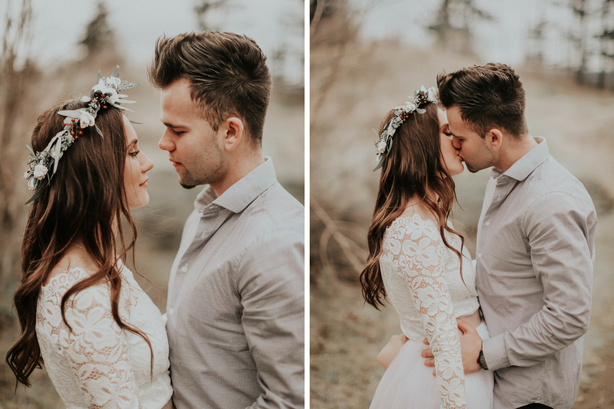 eloping_bride_and_groom_kissing_oregon_coast.png