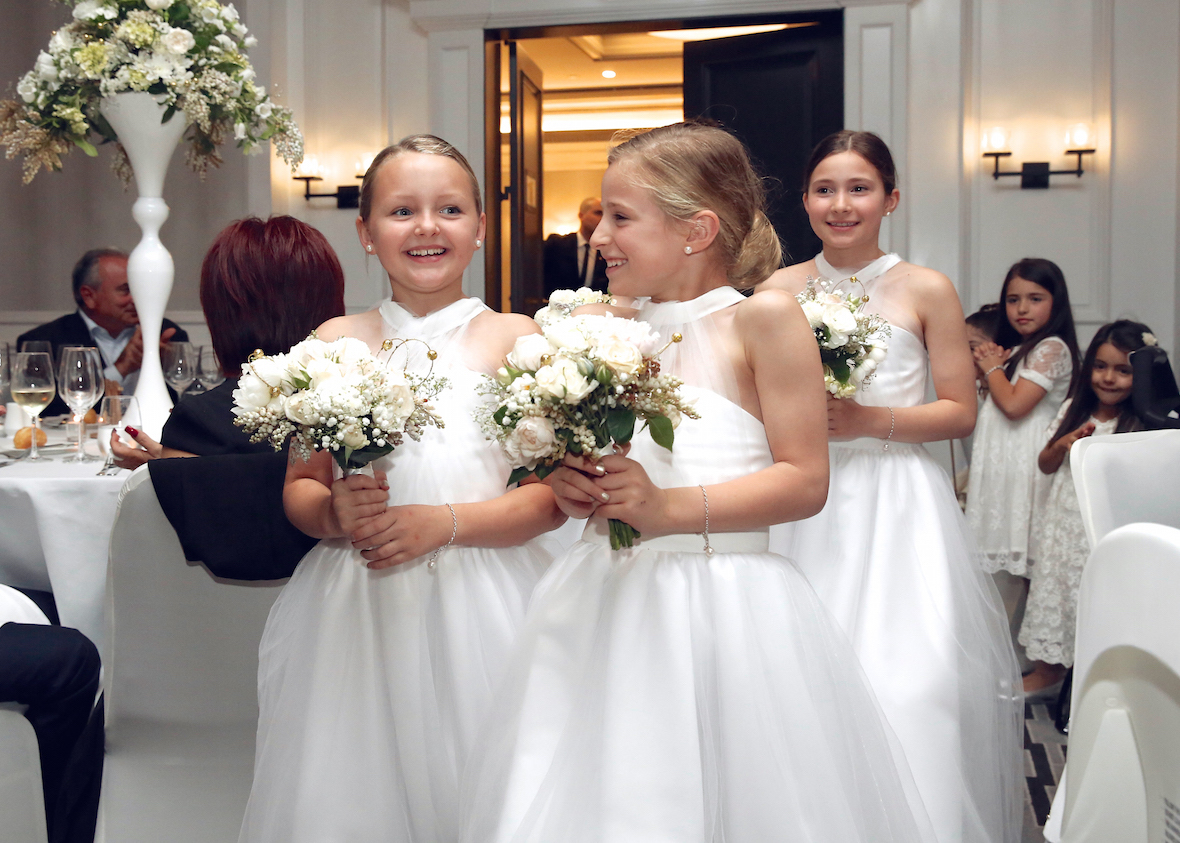 giggling_flowergirls_at_reception.jpg