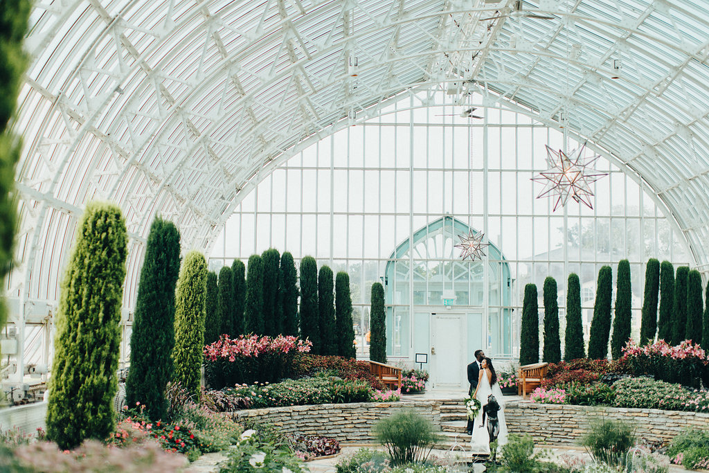 greenhouse_wedding_inspiration_minnesota.jpg