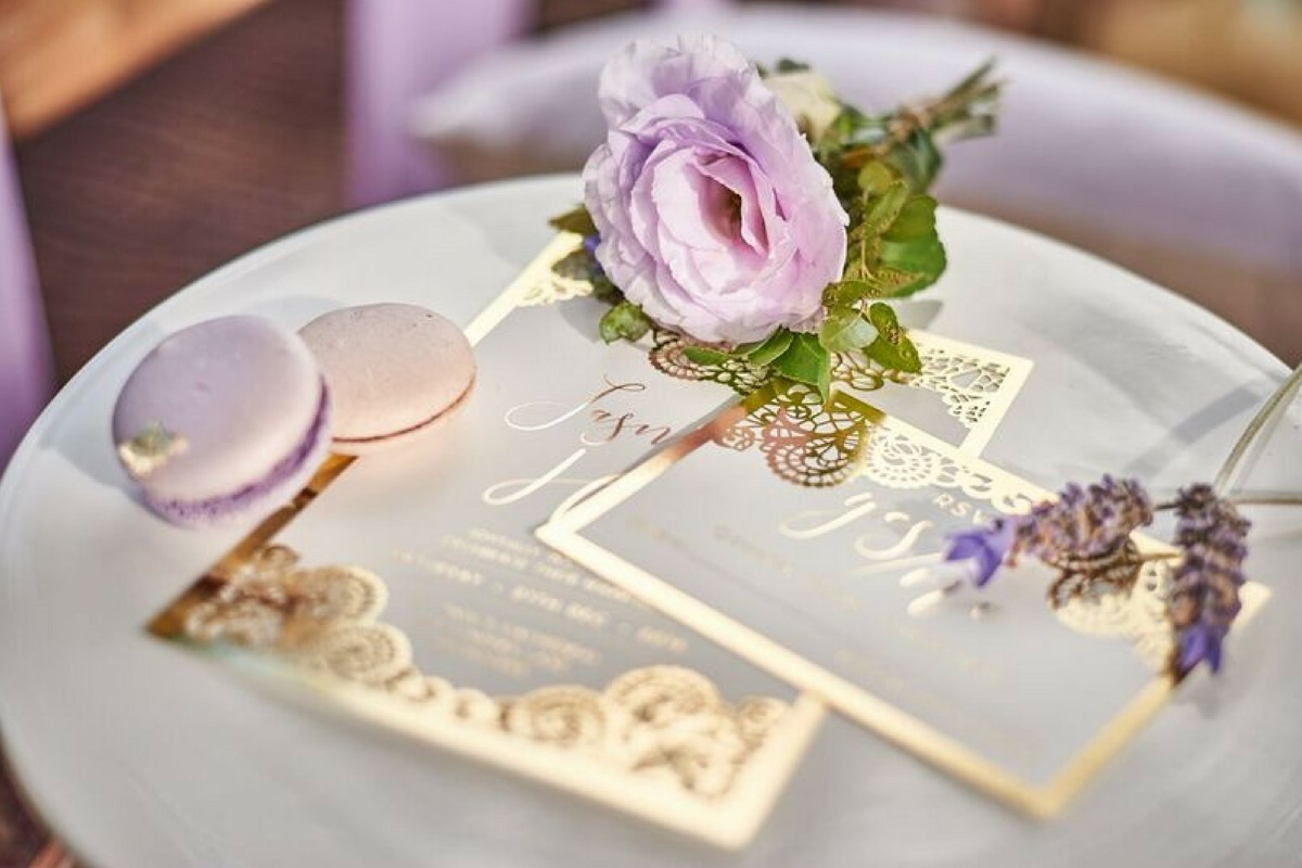lavender_and_gold_boho_wedding.jpg