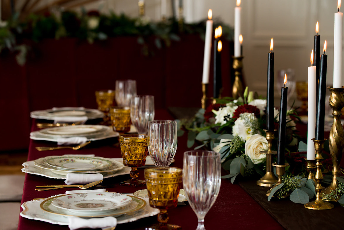moody-table-setting-wedding.jpg