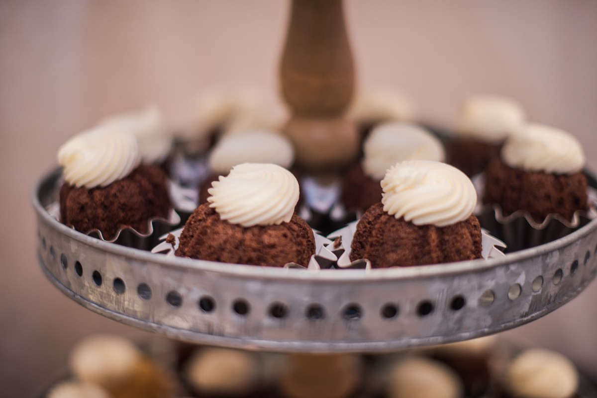 nothing_bundt_cakes_chocolate_cupcakes.jpg