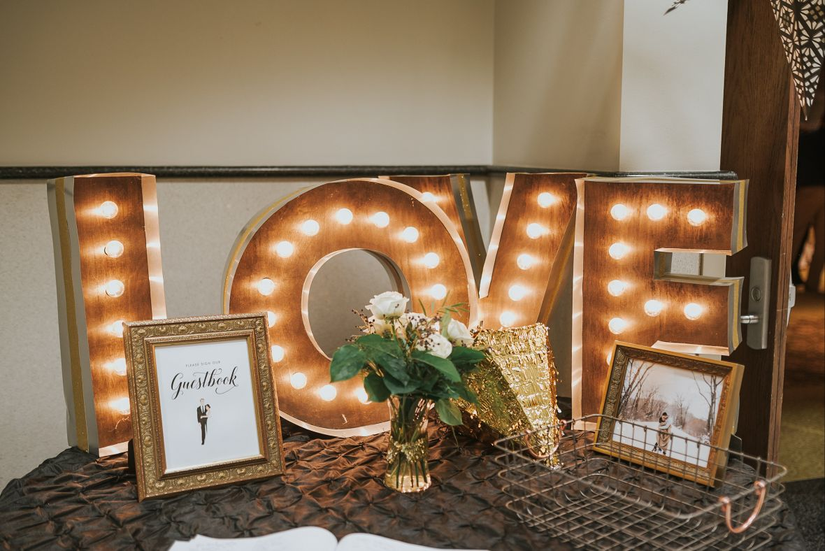 nye_love_wooden_lit_up_sign_.jpg