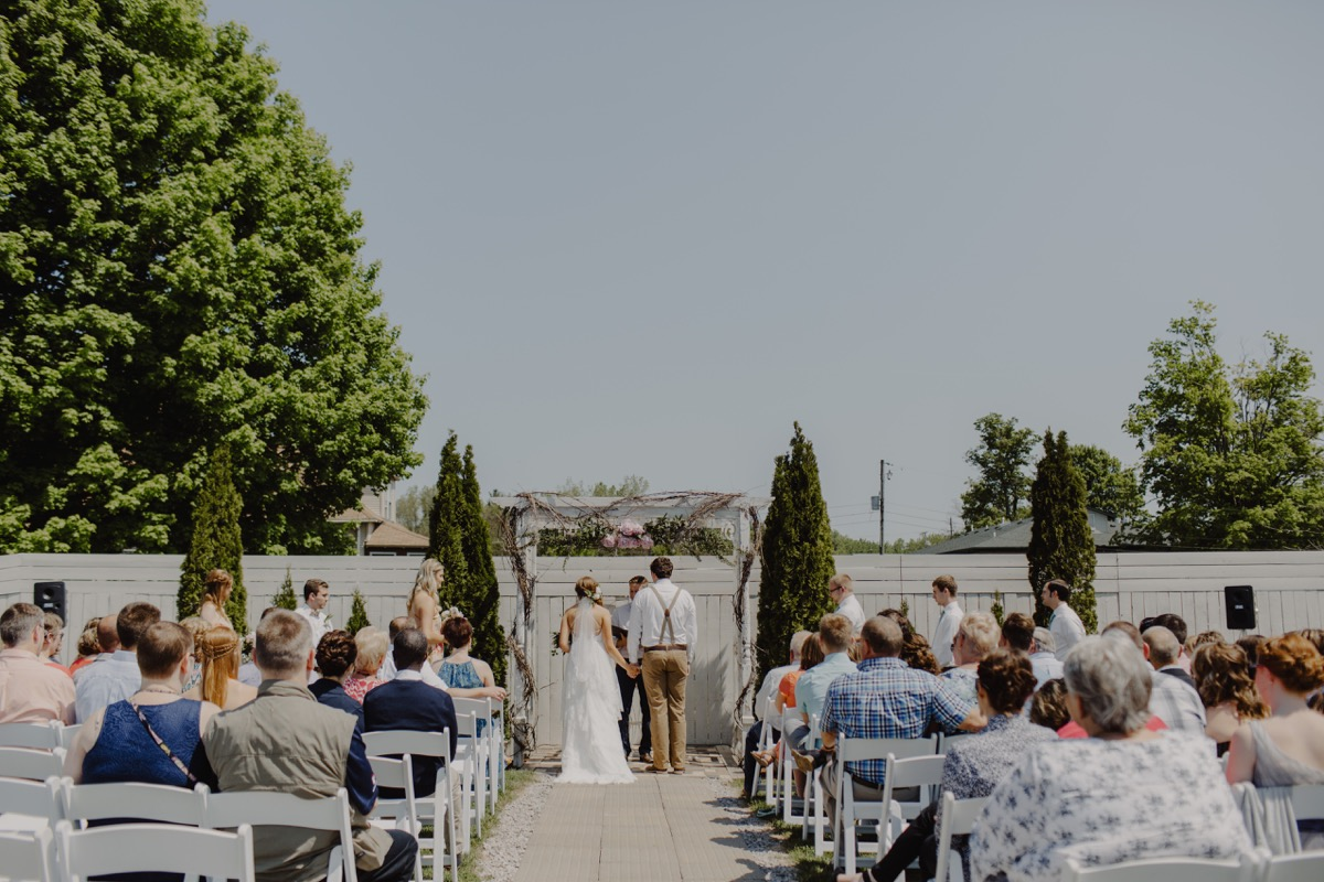 outdoor_sunday_brunch_wedding_ceremony.jpg