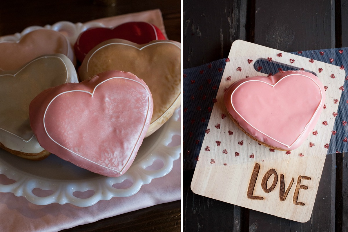 pink_frosting_heart_shaped_cookie_wedding_reception.jpg