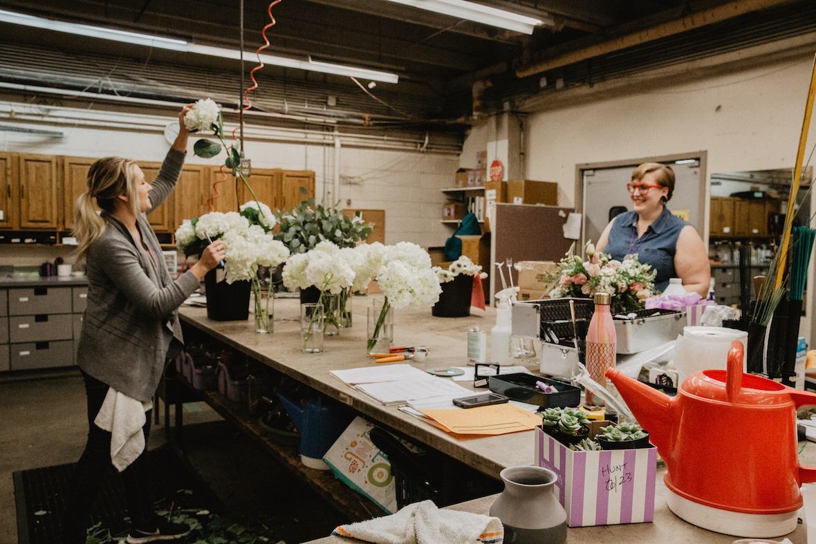 prepping-flowers-florists.jpg