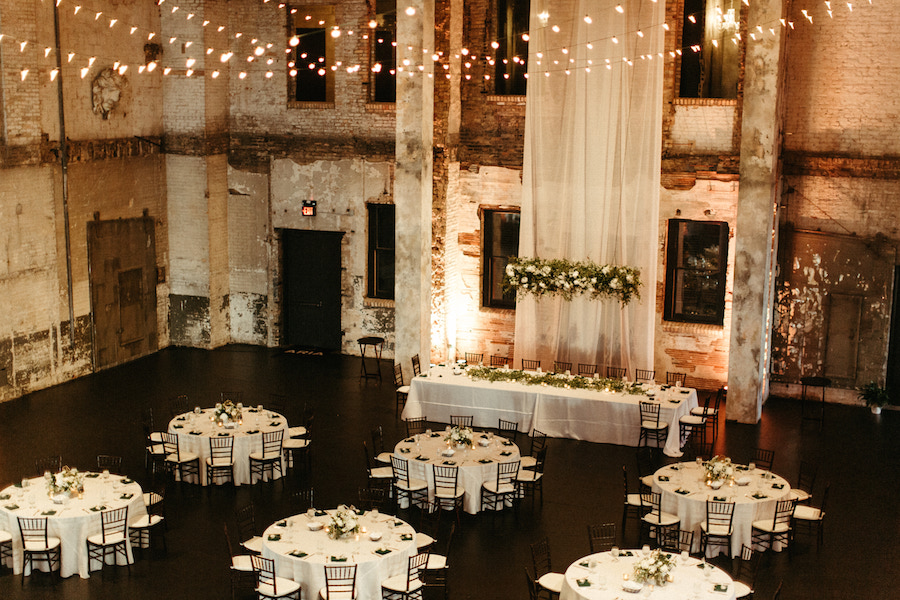 romatic_industrial_wedding_in_old_warehouse.jpg