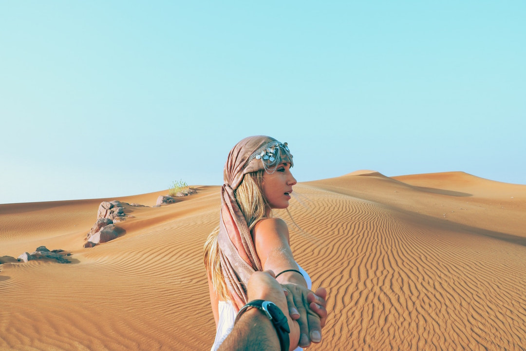 spend_your_honeymoon_in_the_desert_before_the_climate_change_ruins_it_all._Picture_for_the_honeymoon_blogpost.jpeg
