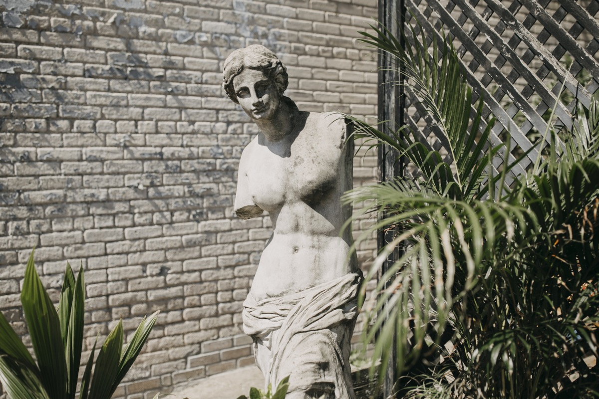 statue_with_plants.jpg