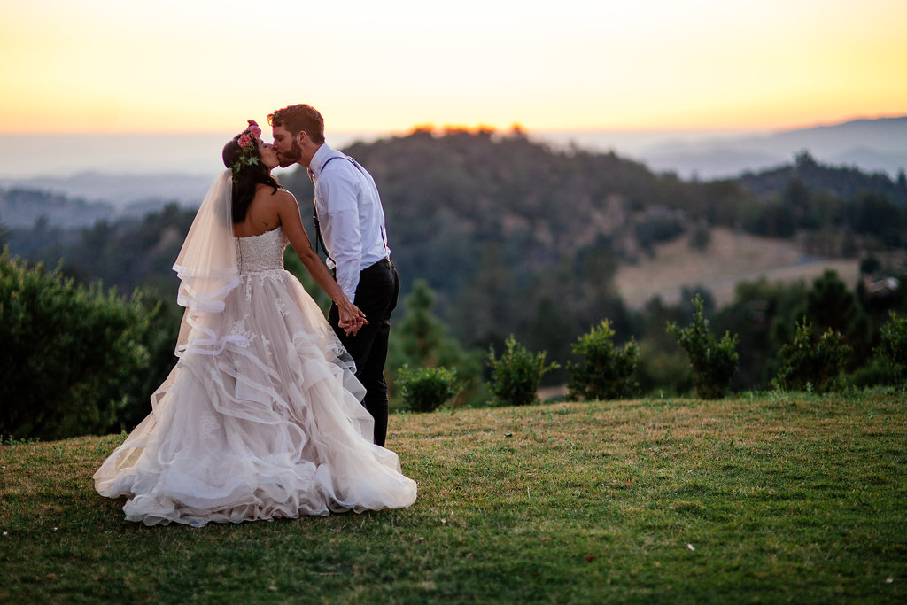 sunset_wedding_kisses_-_california-_simply_gypsy_events_-_cecily_breeding_46.jpg