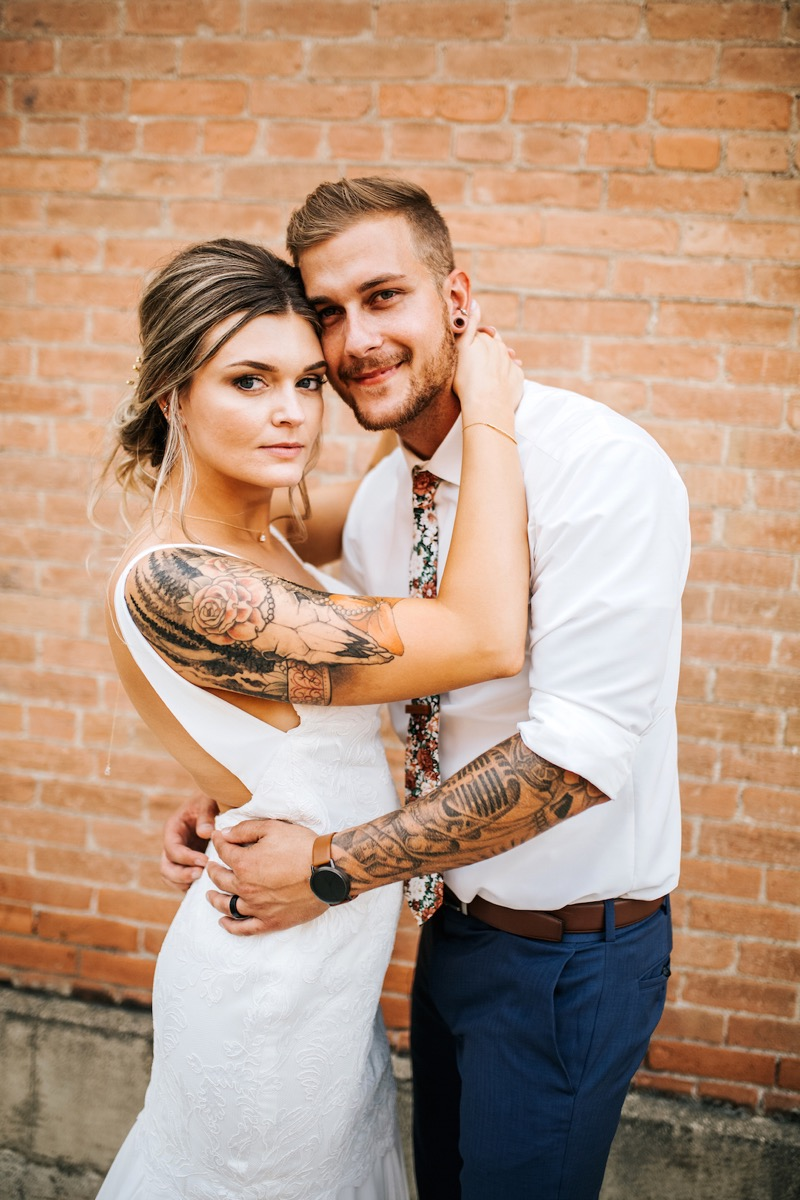 tattooed_couple_on_their_wedding_day.jpg