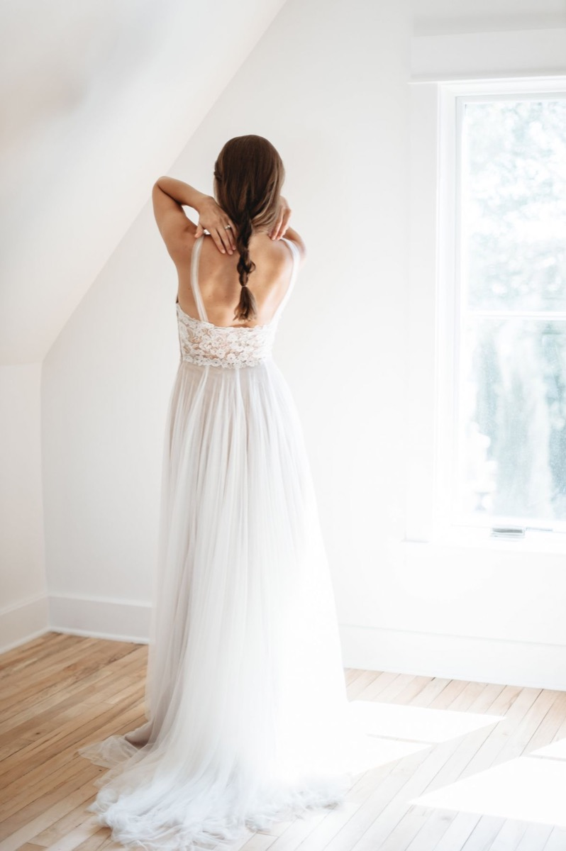 the_back_of_wedding_dress_straps_soft_tulle.jpg