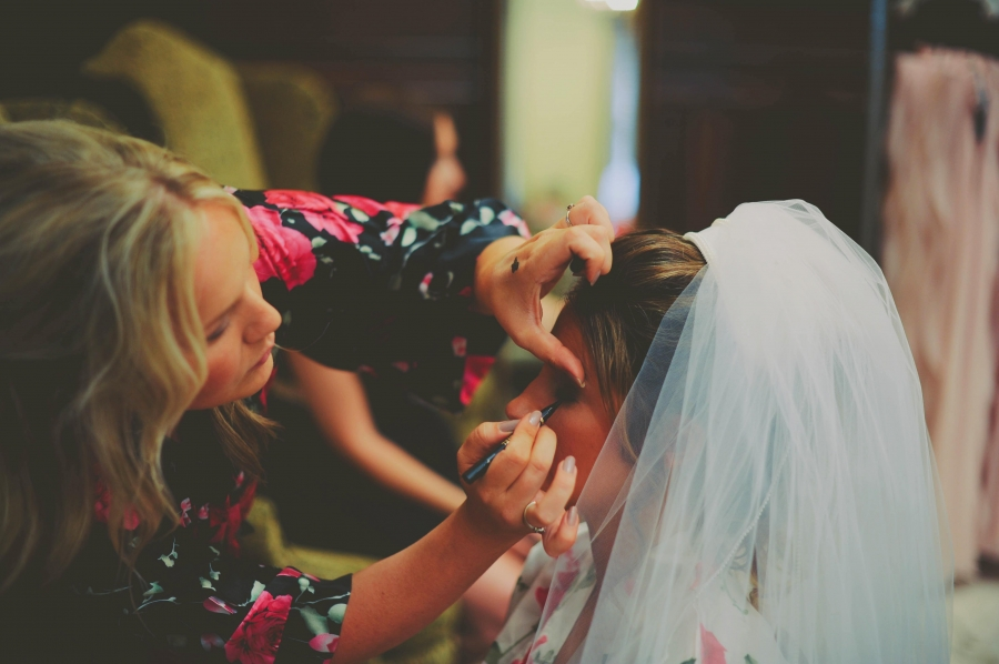 wedding_day_makeup_by_bridesmaid_in_floral_robe.jpg
