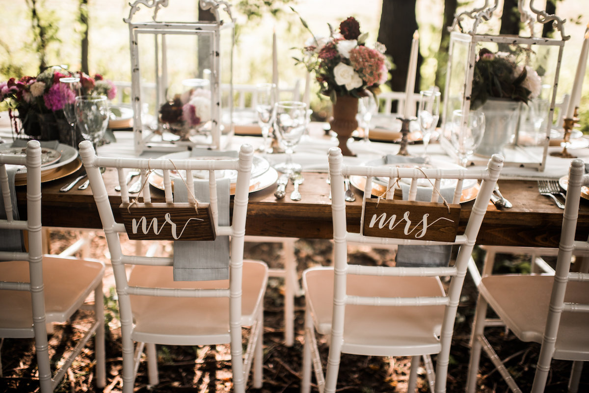 whimsical_forest_wedding_dinner_decor.jpg