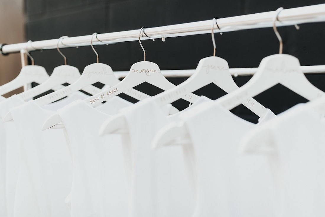 white_and_gold_wedding_hangers.jpg