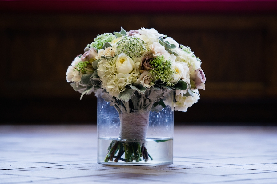 winter_floral_bouquet_in_vase_with_water.jpg