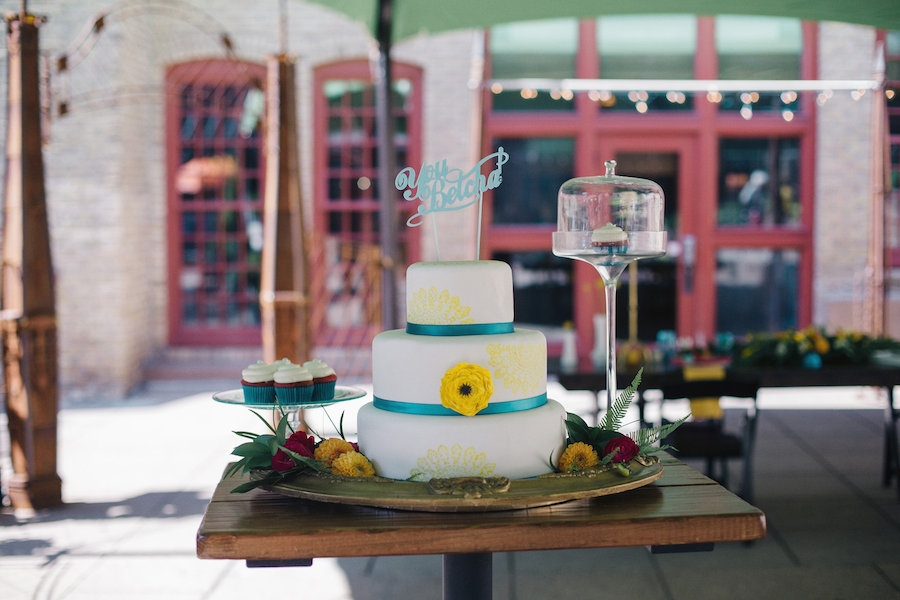 you_betcha_blue_cake_topper_turquoise_yellow_cake.jpg